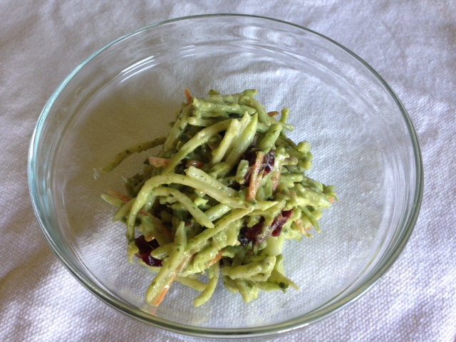 Creamy Avocado Broccoli Slaw